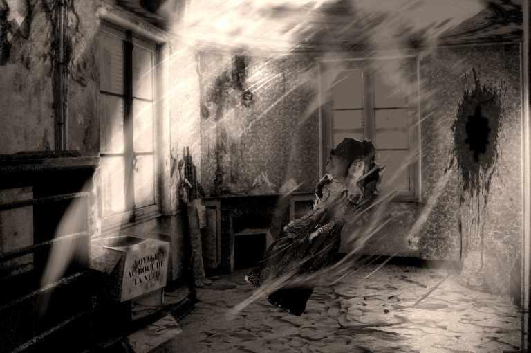 Imagetempete dans une chambre.jpg