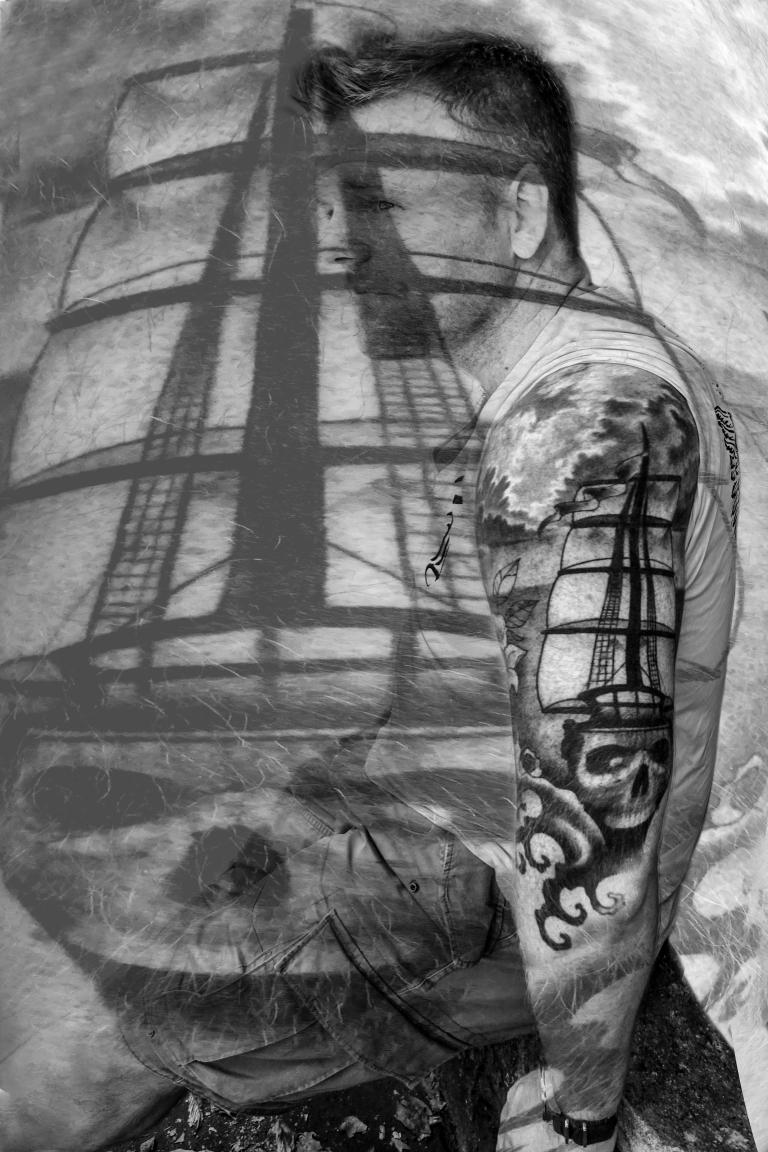 tatoo bateau fantome NB.jpg