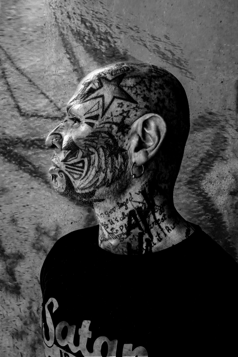 tatoo visage profil NB 2.jpg